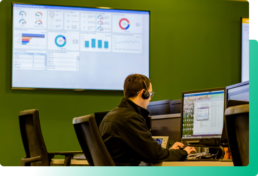 Aunalytics help desk team member